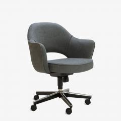 Eero Saarinen Saarinen Executive Arm Chair in Textured Charcoal Weave Swivel Base - 367315
