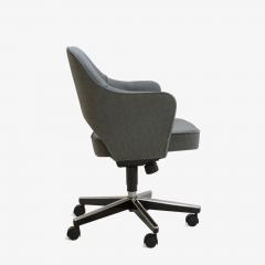 Eero Saarinen Saarinen Executive Arm Chairs in Textured Charcoal Weave Swivel Base Set of 6 - 367305