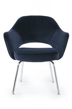 Eero Saarinen Saarinen Executive Armchairs in Navy Velvet - 244812