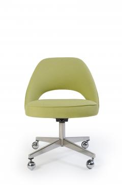 Eero Saarinen Saarinen Executive Armless Chair with Swivel Base in Green - 240151