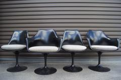 Eero Saarinen Set of Four Black Tulip Chairs by Eero Saarinen for Knoll - 983075