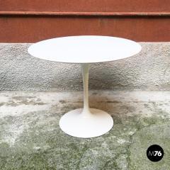 Eero Saarinen Tulip dining table by Eero Saarinen for knoll 1973 - 1927654