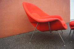 Eero Saarinen Womb Chair and Ottoman by Eero Saarinen for Knoll - 1205008