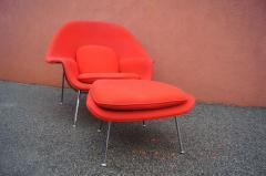 Eero Saarinen Womb Chair and Ottoman by Eero Saarinen for Knoll - 1205011