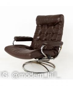 Ekornes Stressless Mid Century Chrome and Leather Lounge Chair and Ottoman - 1810420
