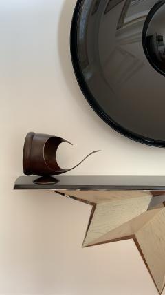 Elie Hirsch TELL IT Hammered brass sculpture - 1441995