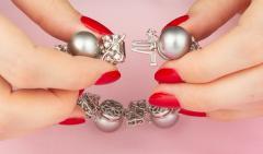 Ella Gafter Ella Gafter Black Tahitian Pearl and Diamond Bracelet - 1009701