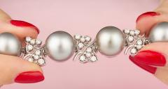 Ella Gafter Ella Gafter Black Tahitian Pearl and Diamond Bracelet - 1009706
