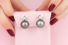 Ella Gafter Ella Gafter Black Tahitian Pearl and Diamond Clip On Earrings - 1144075