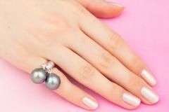 Ella Gafter Ella Gafter Black Tahitian Pearl and Diamond Ring - 1100115