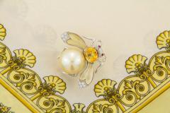 Ella Gafter Ella Gafter Golden Pearl Diamonds Bee Brooch Pin with Yellow Sapphire - 1042551