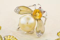 Ella Gafter Ella Gafter Golden Pearl Diamonds Bee Brooch Pin with Yellow Sapphire - 1042555