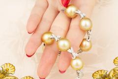 Ella Gafter Ella Gafter Golden South Sea Pearl Diamond Bracelet - 1009772
