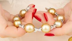 Ella Gafter Ella Gafter Golden South Sea Pearl Diamond Bracelet - 1009777