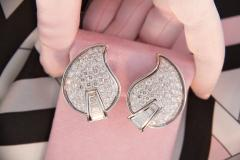 Ella Gafter Ella Gafter Pave Diamond Earrings White Gold Flower Leaf Clip On - 1185283