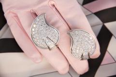 Ella Gafter Ella Gafter Pave Diamond Earrings White Gold Flower Leaf Clip On - 1185285