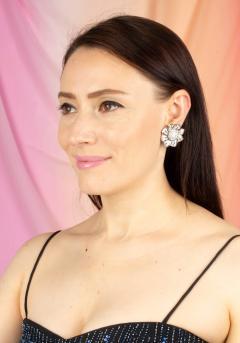 Ella Gafter Ella Gafter Pave Diamond Flower Earrings - 1189335