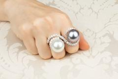 Ella Gafter Ella Gafter Pearl and Diamond Two Finger Ring South Sea Pearl Tahitian Pearl - 1115978