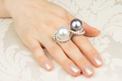 Ella Gafter Ella Gafter Pearl and Diamond Two Finger Ring South Sea Pearl Tahitian Pearl - 1115981