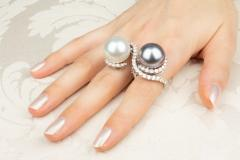Ella Gafter Ella Gafter Pearl and Diamond Two Finger Ring South Sea Pearl Tahitian Pearl - 1115982