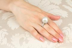 Ella Gafter Ella Gafter South Sea Pearl Diamond Onyx Cocktail Ring - 1115768