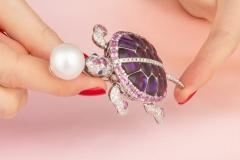 Ella Gafter Ella Gafter South Sea Pearl Pink Sapphire and Diamond Turtle Brooch Pin - 1046693