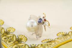 Ella Gafter Ella Gafter White South Sea Pearl Diamond Bee Brooch Pin with Blue Sapphire - 1042501