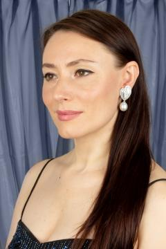 Ella Gafter Ella Gafter White South Sea Pearl Diamond Drop Earrings - 1169791