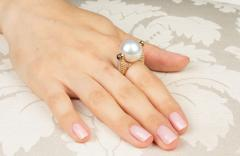 Ella Gafter Ella Gafter White South Sea Pearl and Diamond Ring Rose Gold - 1097684
