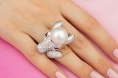 Ella Gafter Ella Gafter Zodiac Capricorn Ring with Diamonds and Pearl - 1021300