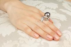 Ella Gafter Ella Gafter Zodiac Gemini Ring with Tahitian Pearl and Diamonds - 1014523