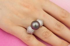Ella Gafter Ella Gafter Zodiac Pisces Ring with Tahitian Pearl and Diamonds - 1021655