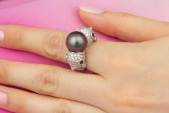 Ella Gafter Ella Gafter Zodiac Pisces Ring with Tahitian Pearl and Diamonds - 1021658
