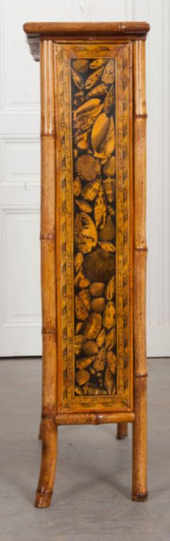 English 19th Century Bamboo D coupage Shell Bookcase - 1395062