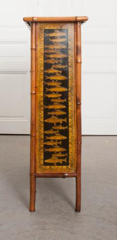 English 19th Century Bamboo and D coupage Fish Bookcase - 1099530