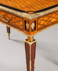 English 19th Century Trellis and Dot Inlaid Writing Table - 618377