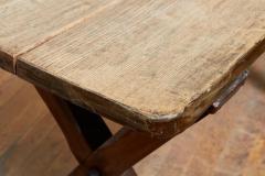 English Pub Table - 1797853