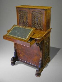 English Walnut and Marquetry Davenport Desk 19th Century - 627825