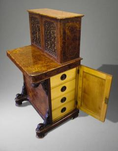 English Walnut and Marquetry Davenport Desk 19th Century - 627826