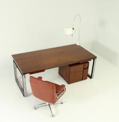 Eugenio Gerli Osvaldo Borsani T333 Desk by Eugenio Gerli and Osvaldo Borsani for Tecno - 1508903