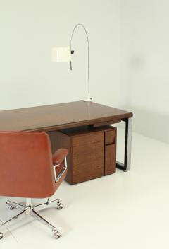 Eugenio Gerli Osvaldo Borsani T333 Desk by Eugenio Gerli and Osvaldo Borsani for Tecno - 1508904