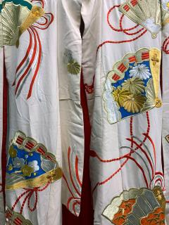 Exceptional Embroidered Vintage Japanese Ceremonial Kimono - 1206979