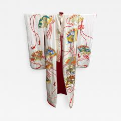 Exceptional Embroidered Vintage Japanese Ceremonial Kimono - 1208126