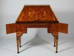 Extraordinary Swedish Grace slant front desk with elaborate inlays - 1357666
