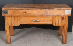 FRENCH EARLY 20TH CENTURY ART DECO PINE BUTCHER BLOCK - 813474