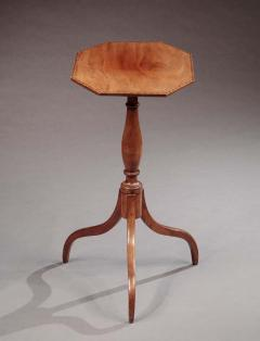 Federal Candlestand with an Octogonal Inlaid Top - 528119