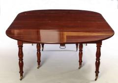 Fine French 18th Century Mahogany Extending Drop Leaf Dining Table - 634330