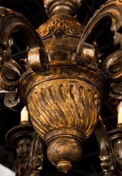 Fine Italian Neoclassic Giltwood Eight Arm Chandelier Late 18th Century - 391181