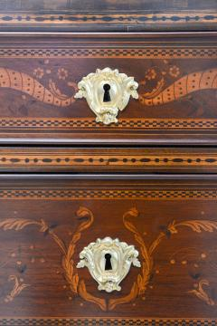 Fine Pair of Italian Neoclassic Marquetry and Parquetry Inlaid Commodes - 388484