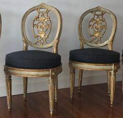 Fine Set of Eight Italian Painted and Parcel Gilt Chairs Tuscany 18th Century - 632758